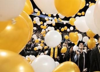 commencement balloons