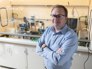 <p>Dr. Carson Meredith from Georgia Tech's School of Chemical &amp; Biomolecular Engineering has developed a sustainable, flexible packaging wrap that is comprised of cellulose nanocrystals from wood pulp and chitin nanofibers which can be found in the discarded shells of crabs and shrimp.</p>