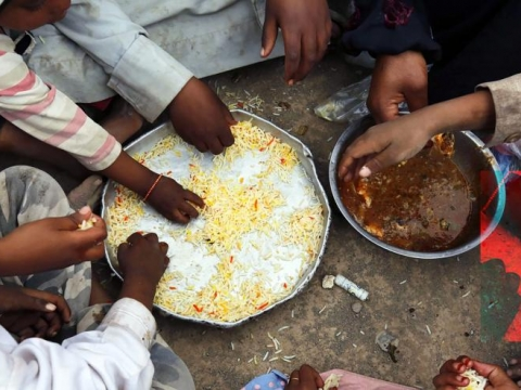 "<p>Food distribution in a center for internally displaced people in Yemen in the Saudi-Houthi rebel conflict. Credit: International Committee of the Red Cross / Yahya Arhab / <a href=""https://creativecommons.org/licenses/by-nc-nd/2.0/"" target=""_blank"">Creative Commons BY-NC-ND</a> / no commercial use</p>"